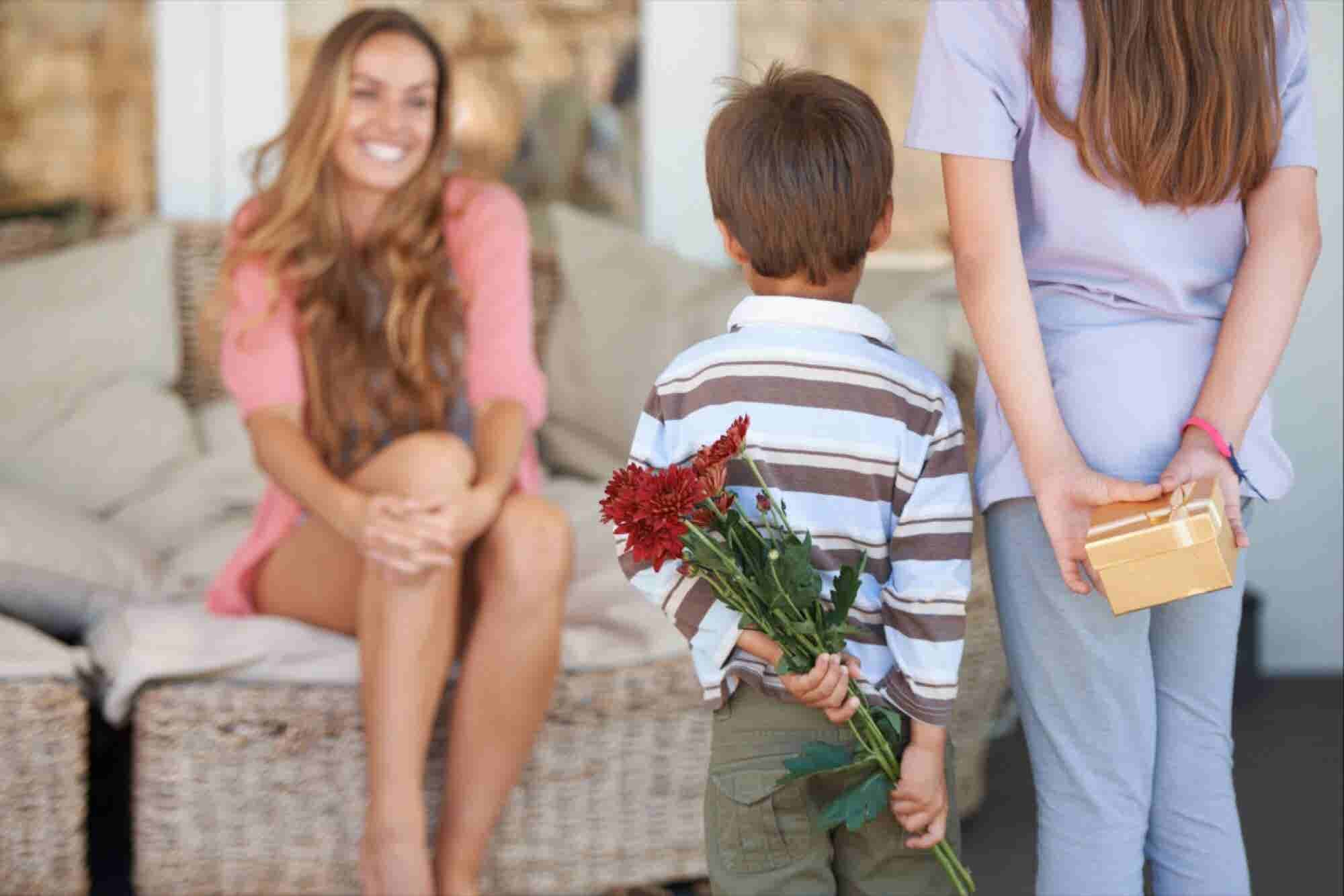 How These 3 Startups Plan to Compete With 1-800-Flowers on Mother's Day