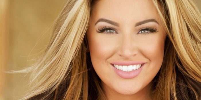 79fea56990c1d 10 Startup Secrets You Can Learn From Plus-Size Model and CEO Ashley Alexiss