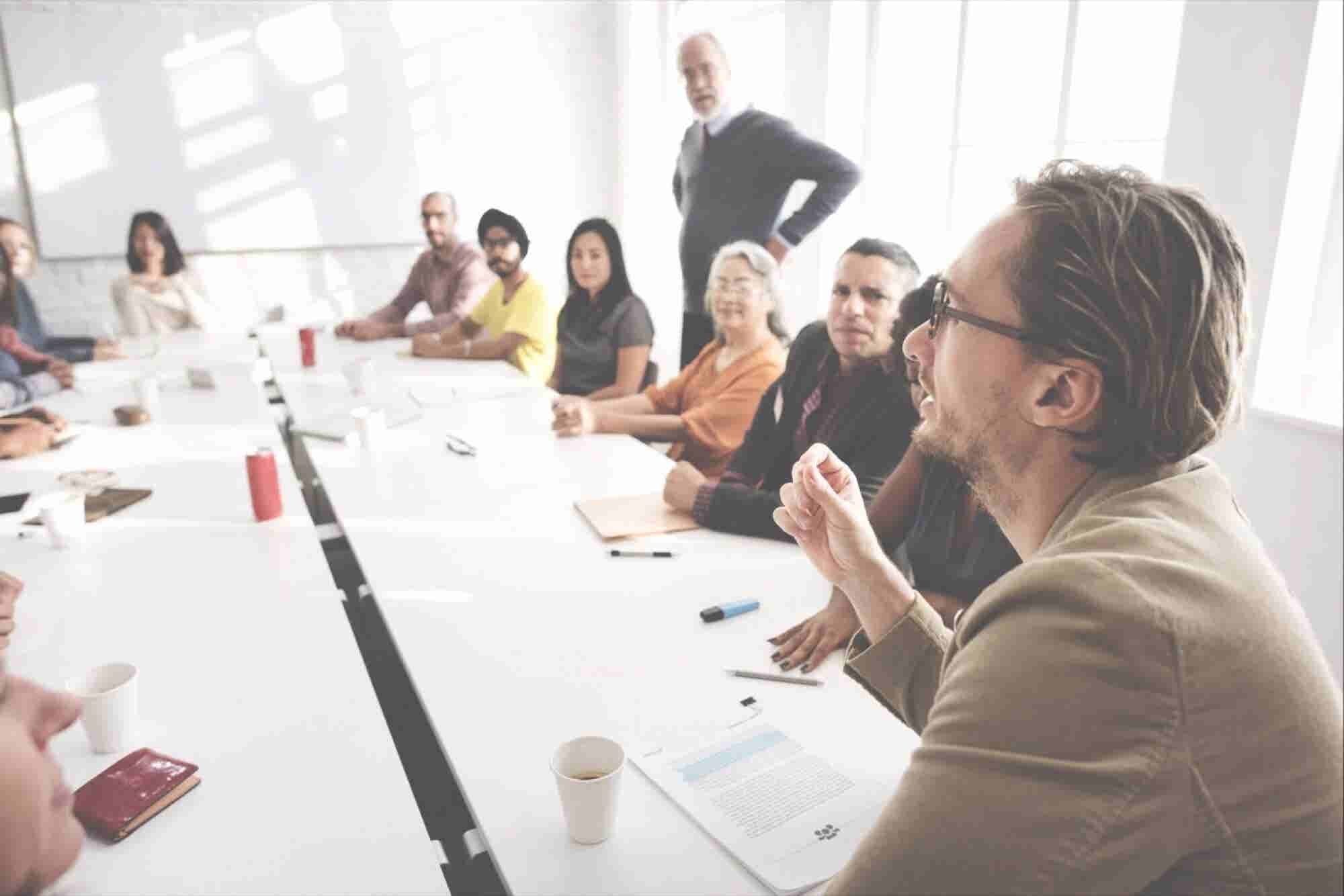 6 Tips for Reducing Time Wasted in Meetings