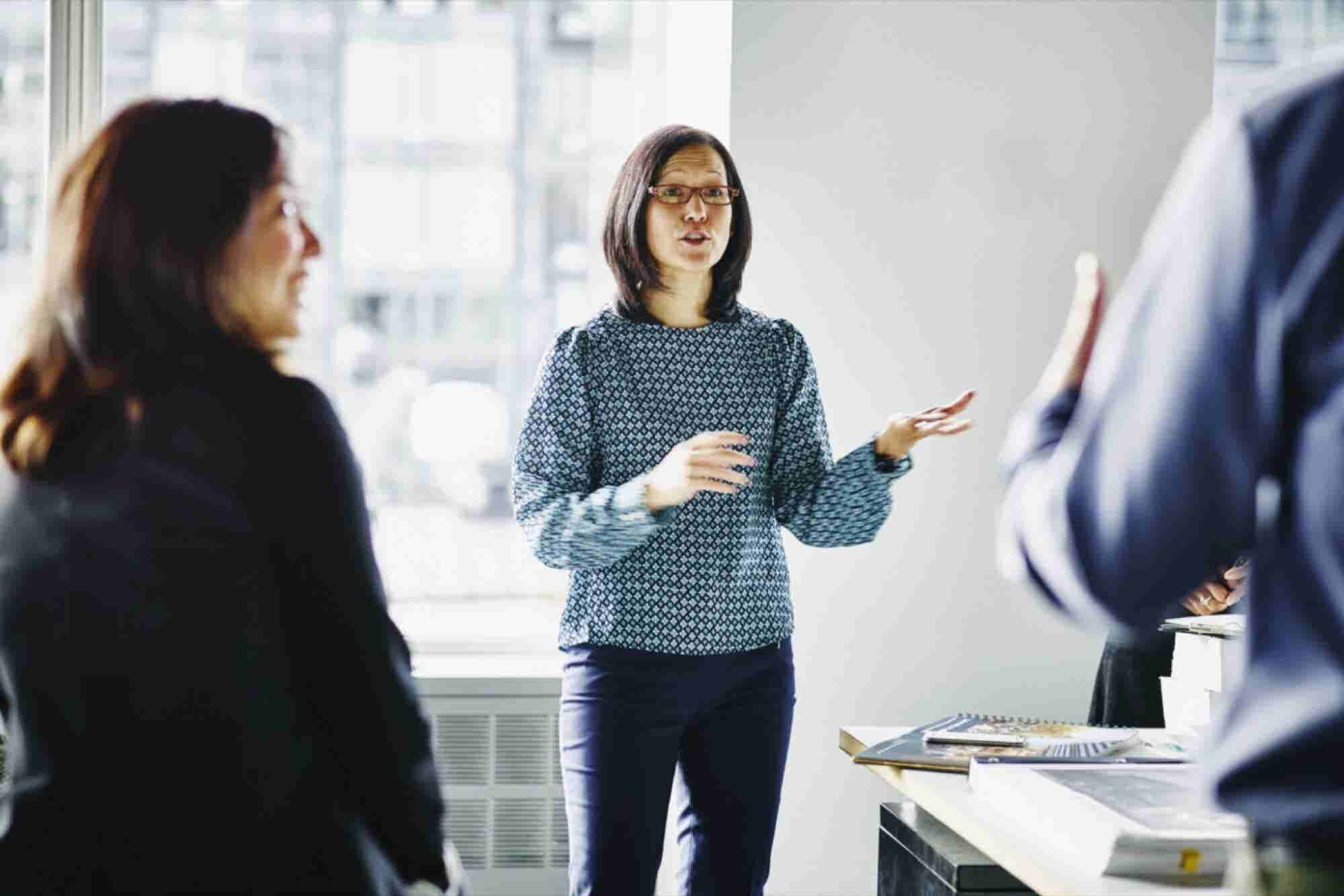 3 Ways to Retain and Motivate Your Top Salespeople