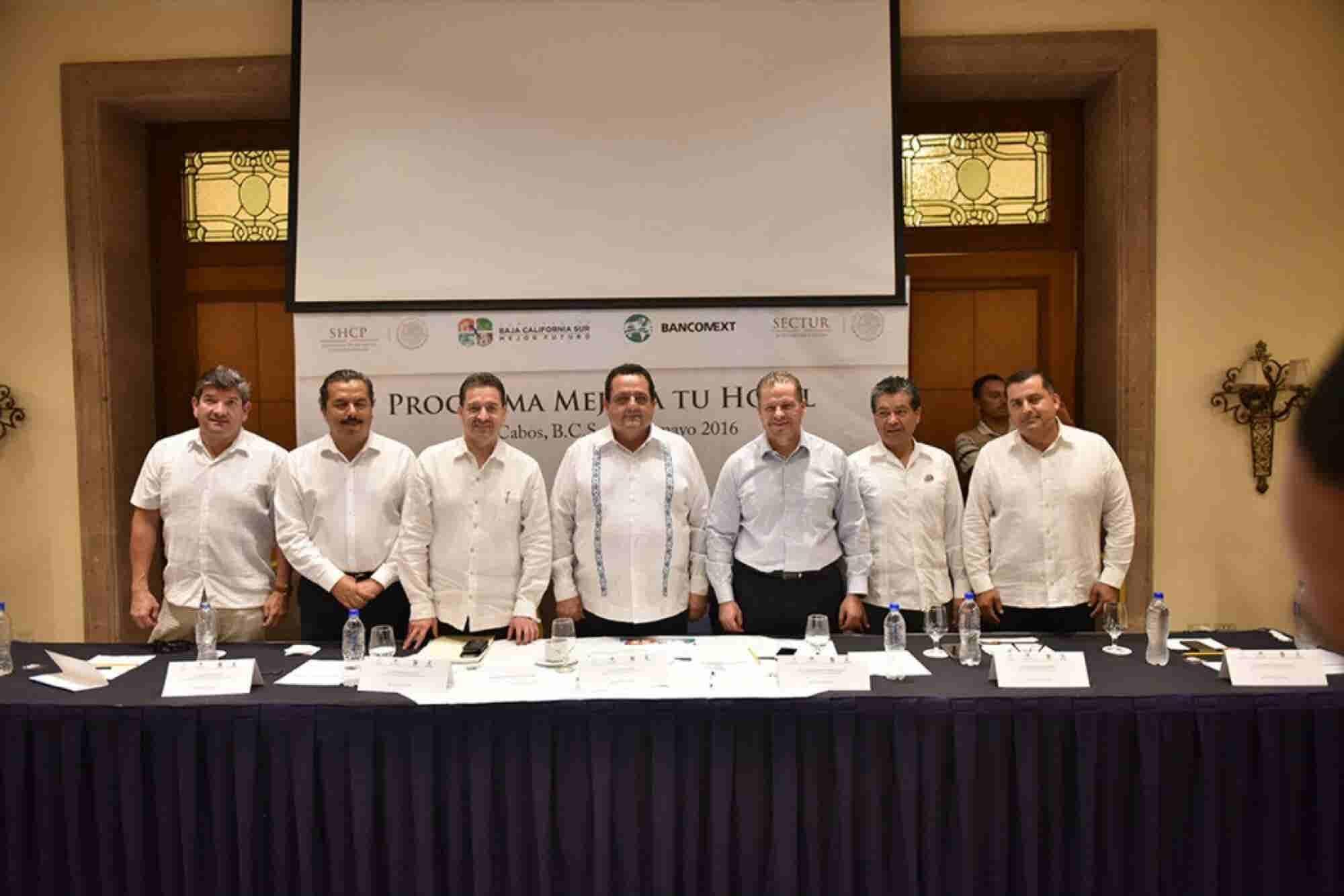 Bancomext anima a emprender al sector hotelero
