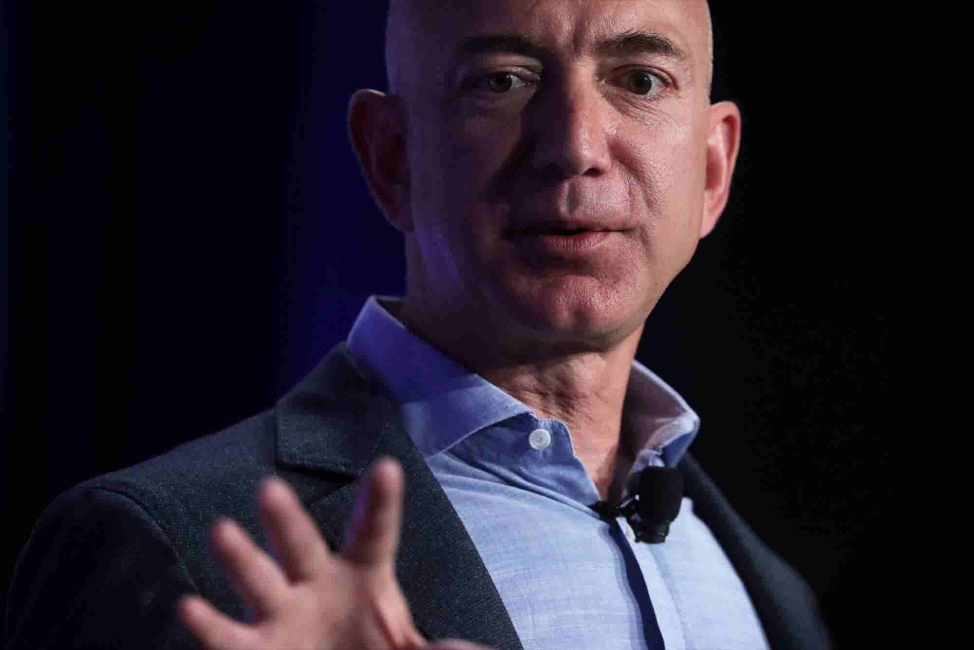 5 Things Jeff Bezos Does Other Than Work
