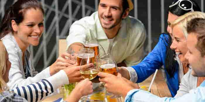 Consejos para ahorrar sin afectar tu vida social
