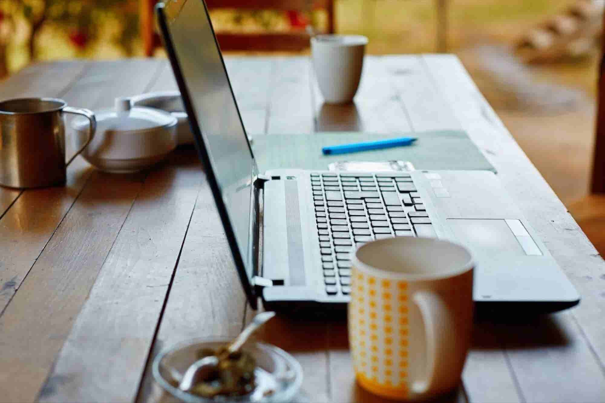 You Need a 'Mobile Work Space.' These 6 Tools Will Help You Create One.