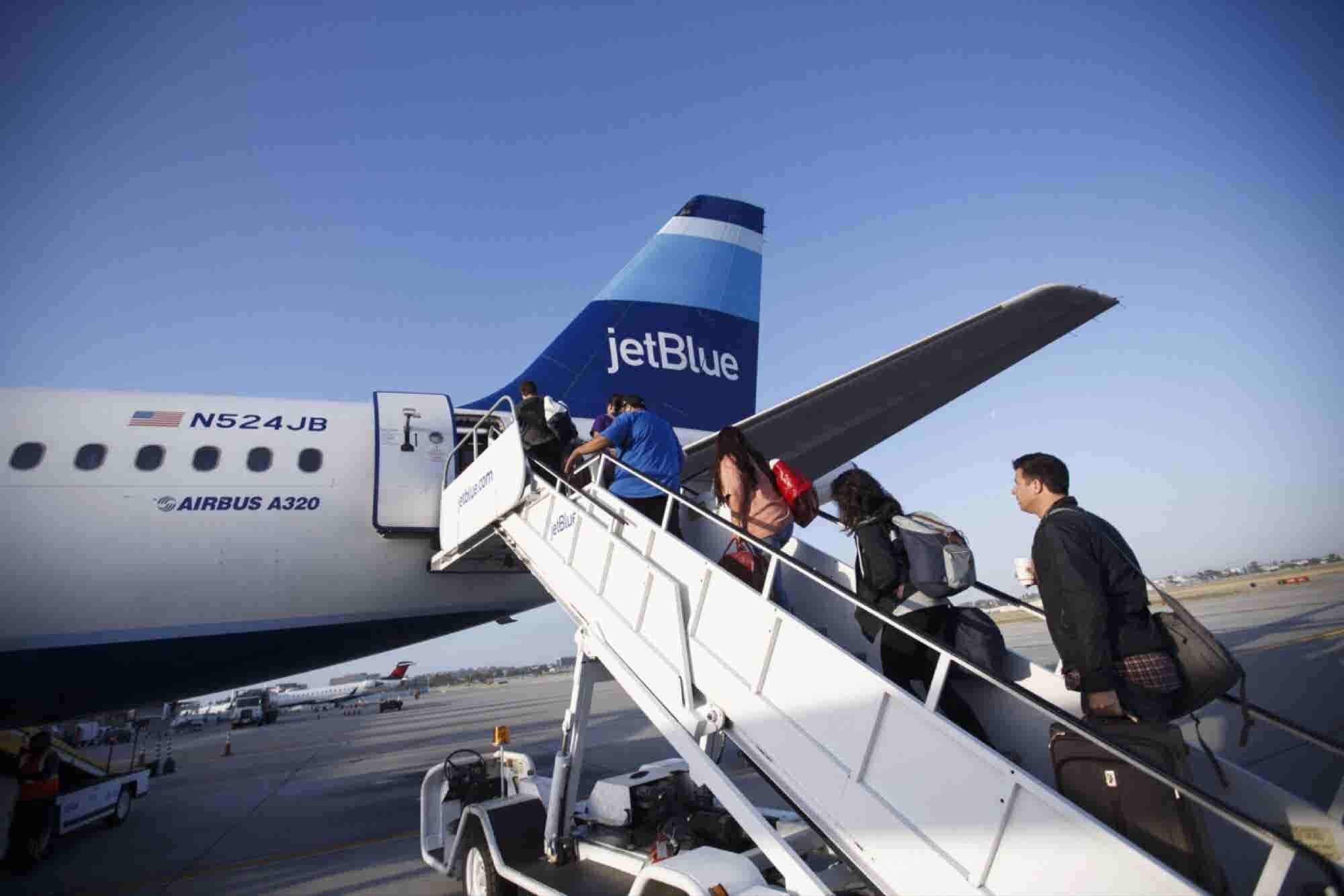 JetBlue Defends Decision to Ask Passenger to Replace Booty Shorts Befo...
