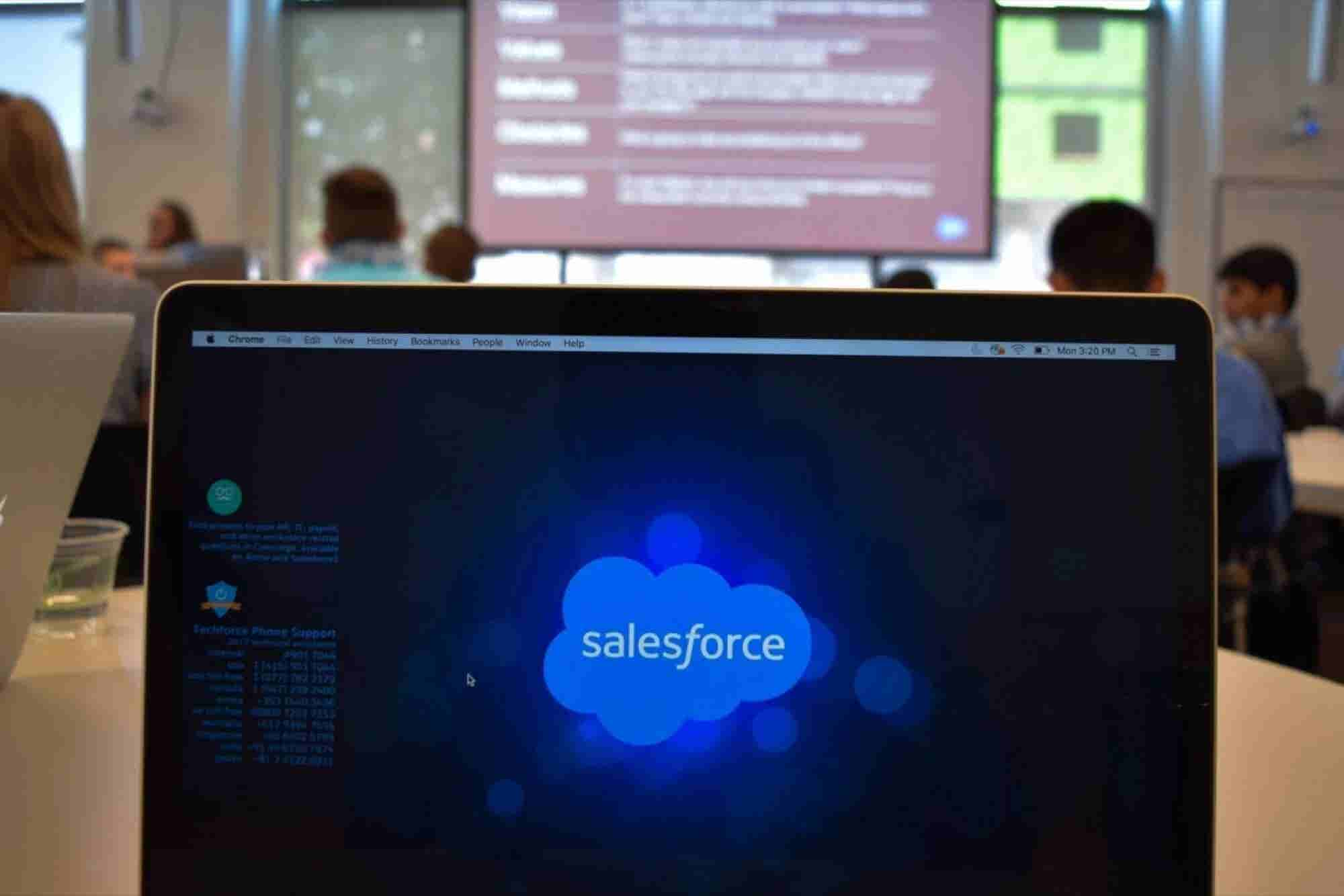Salesforce to Buy Demandware for About $2.8 Billion