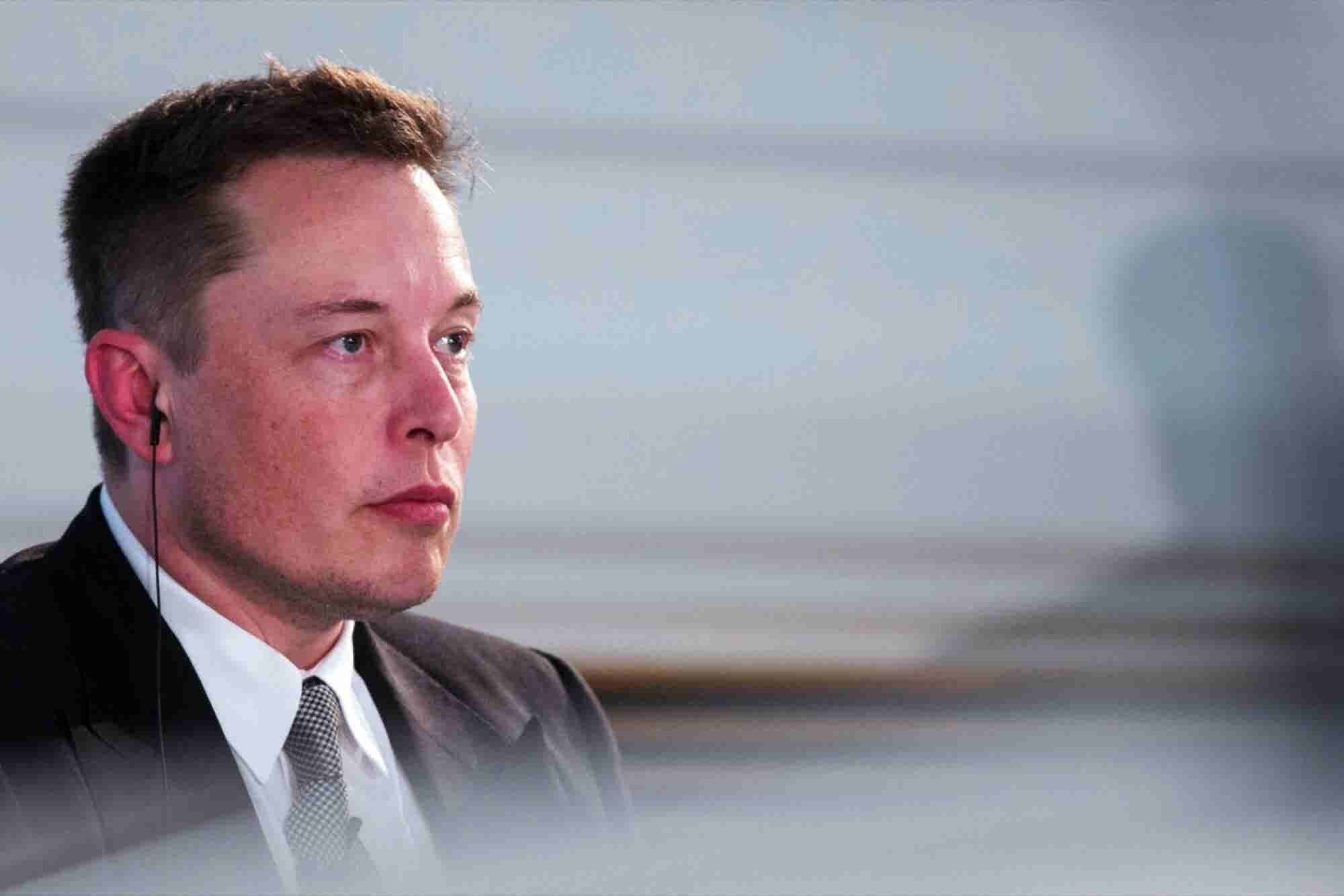 Tech Moguls Such as Musk and Bezos Declare Era of Artificial Intelligence