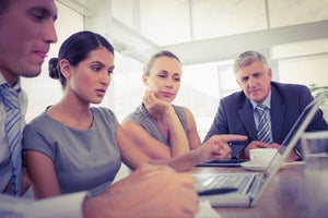 5 Top Trends Disrupting The Way HR Functions In India
