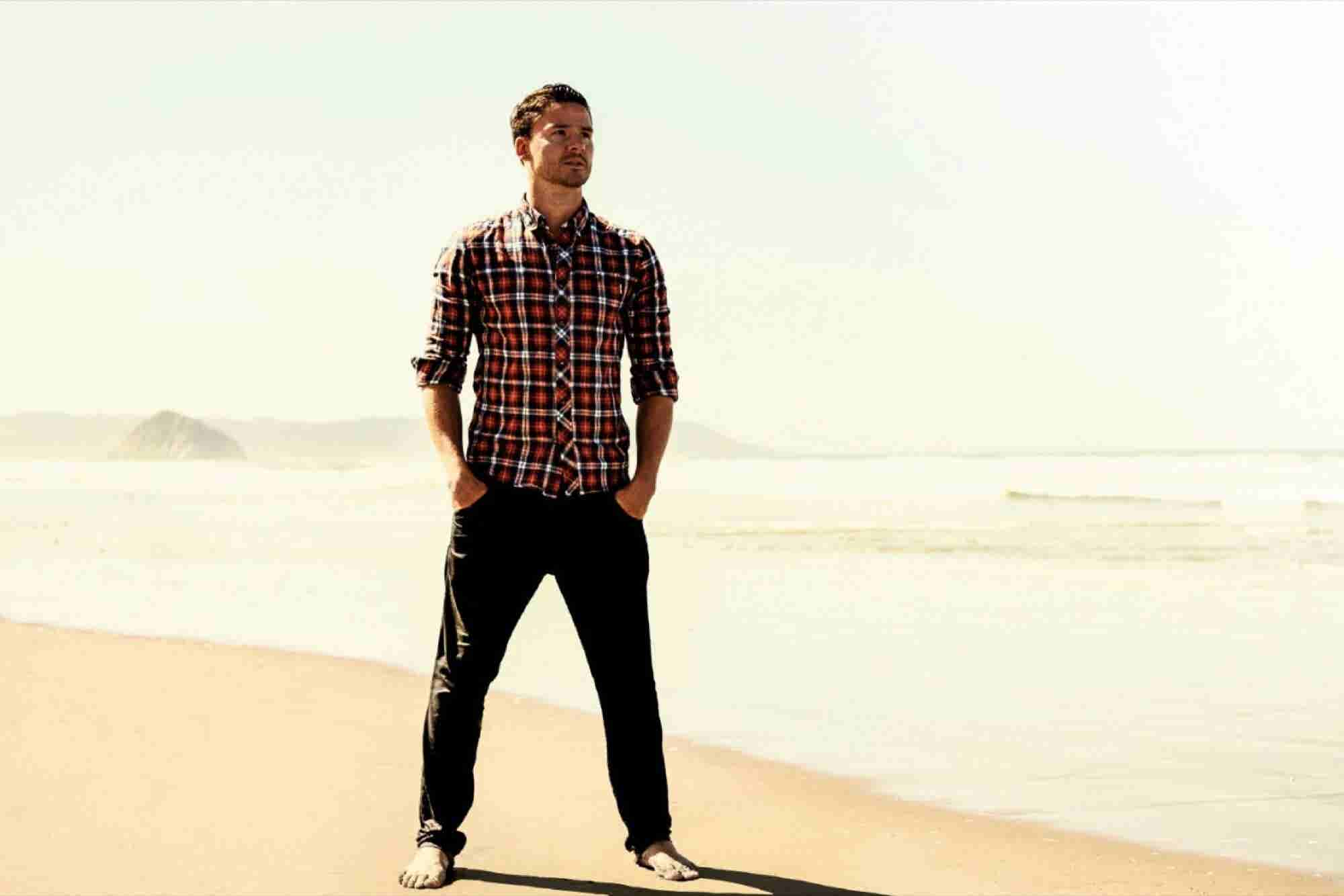 This Tech Founder Runs His Company Between Surf Sessions in Hawaii