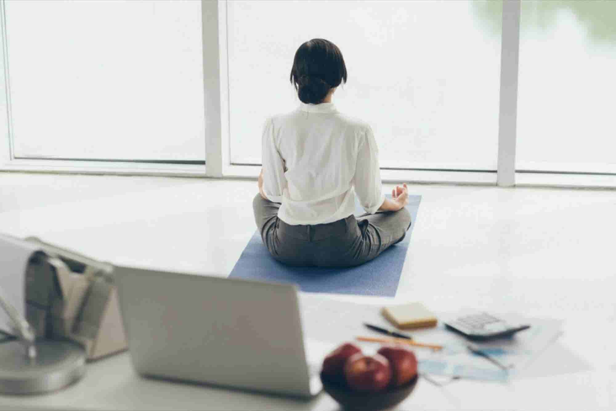 This is How Meditation at Your Workplace Can Bring Impeccable Benefits