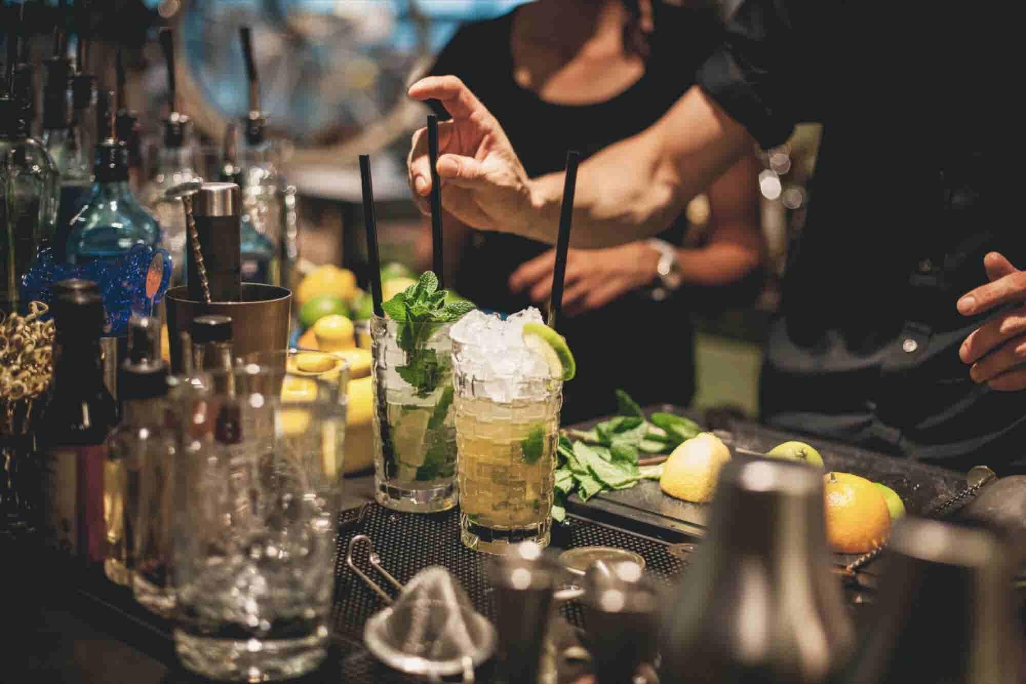 Bartender-Approved Tips for Negotiating Deals at the Bar