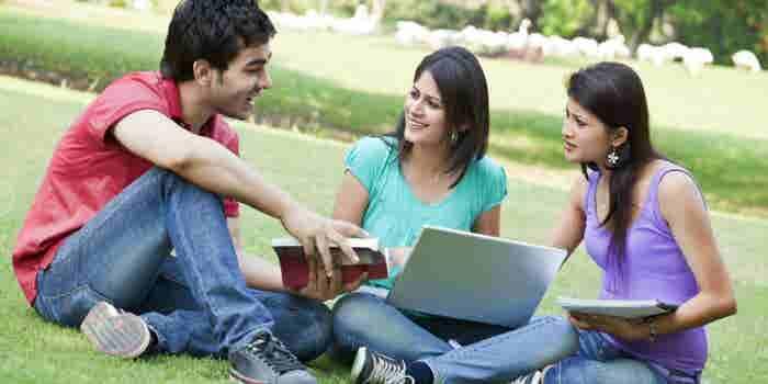 3 historias de jóvenes universitarios emprendedores