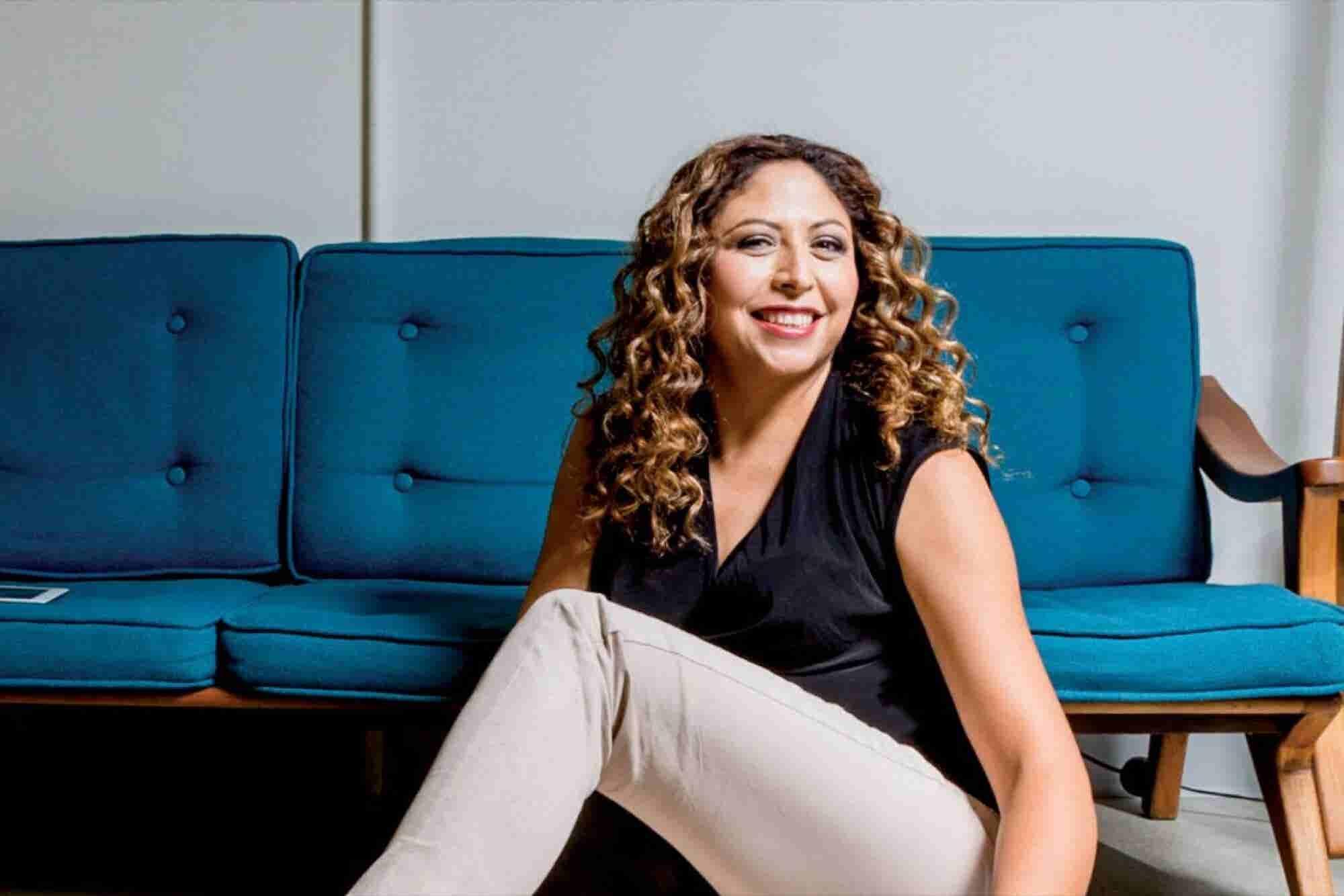 Claudia Baquerie, máximo nivel de ventas de Avon