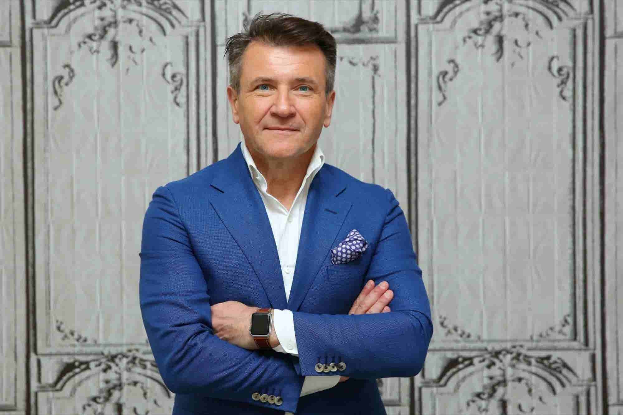 Shark Tank Star Robert Herjavec's Simple Tip for Boosting Productivity