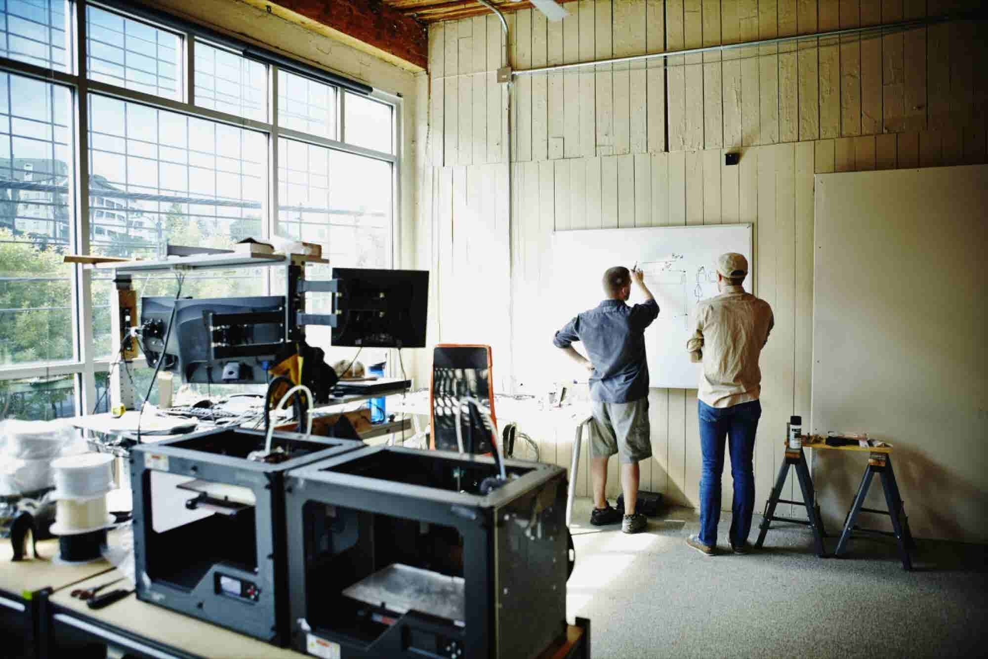 20 Experts Share Their Best Advice for Hardware Entrepreneurs