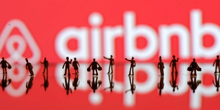 Airbnb Sues San Francisco Over Registration Policy