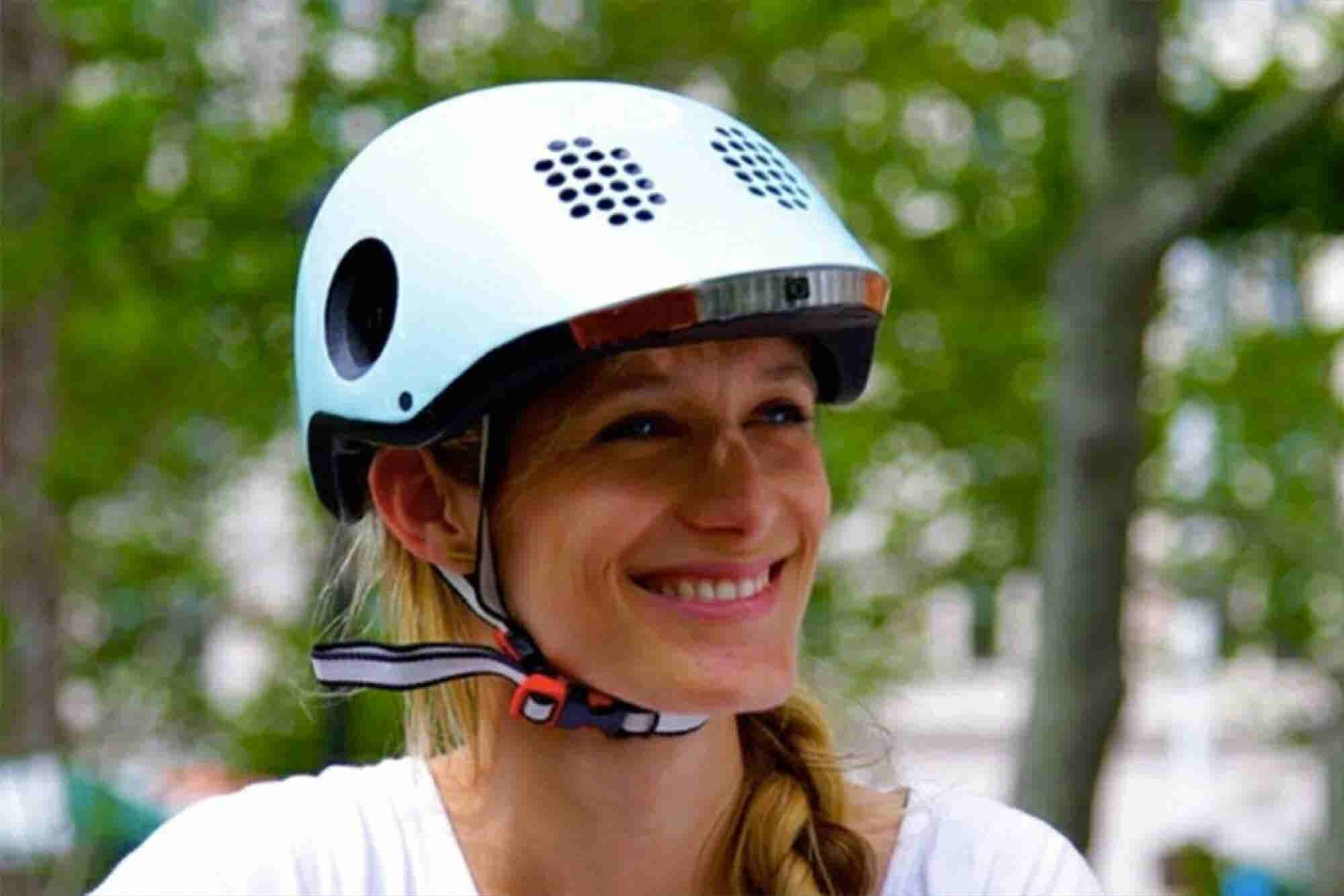 Your Boring Bike Helmet Is About to Get a Big Tech Upgrade