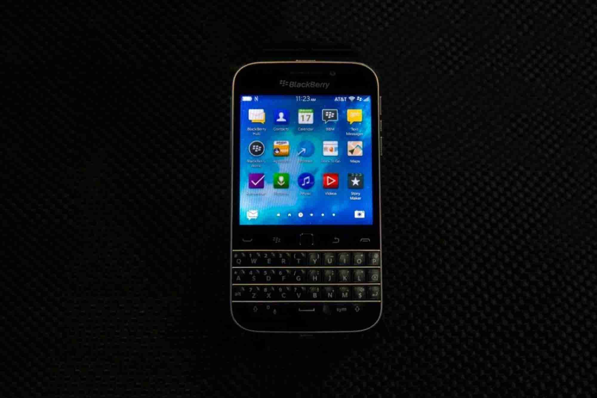 BlackBerry Ditches Classic Model Smartphone