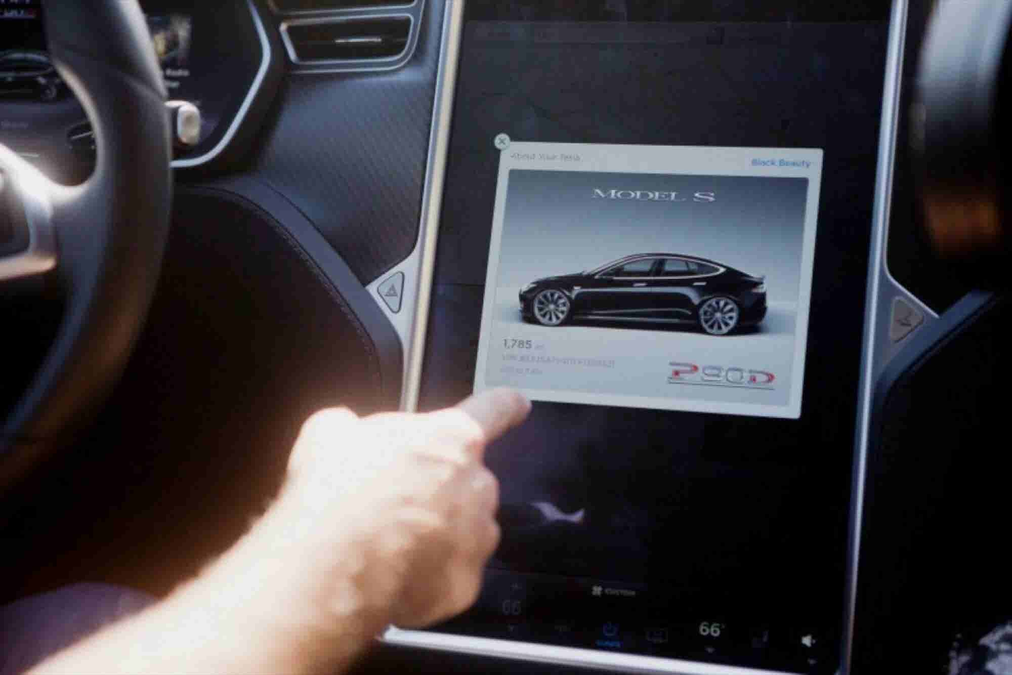U.S. Vehicle Safety Regulator Stands Behind Self-Driving Cars