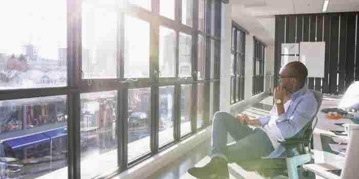 4 Ways to Tame Your Negativity Bias