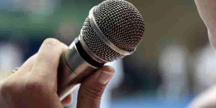 ¿Sabes usar el micrófono?