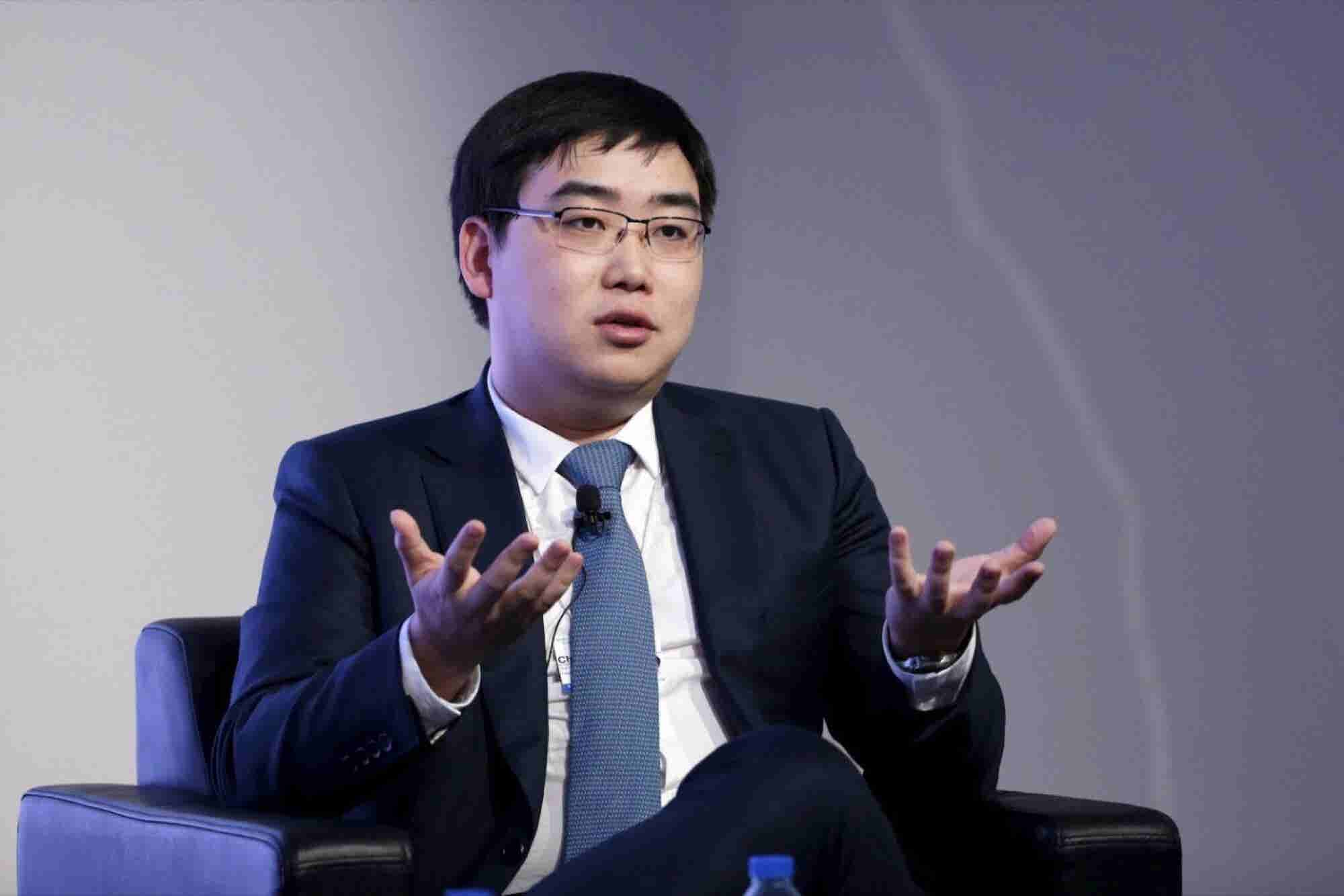 Meet the Chinese Patriot Who Tamed Uber