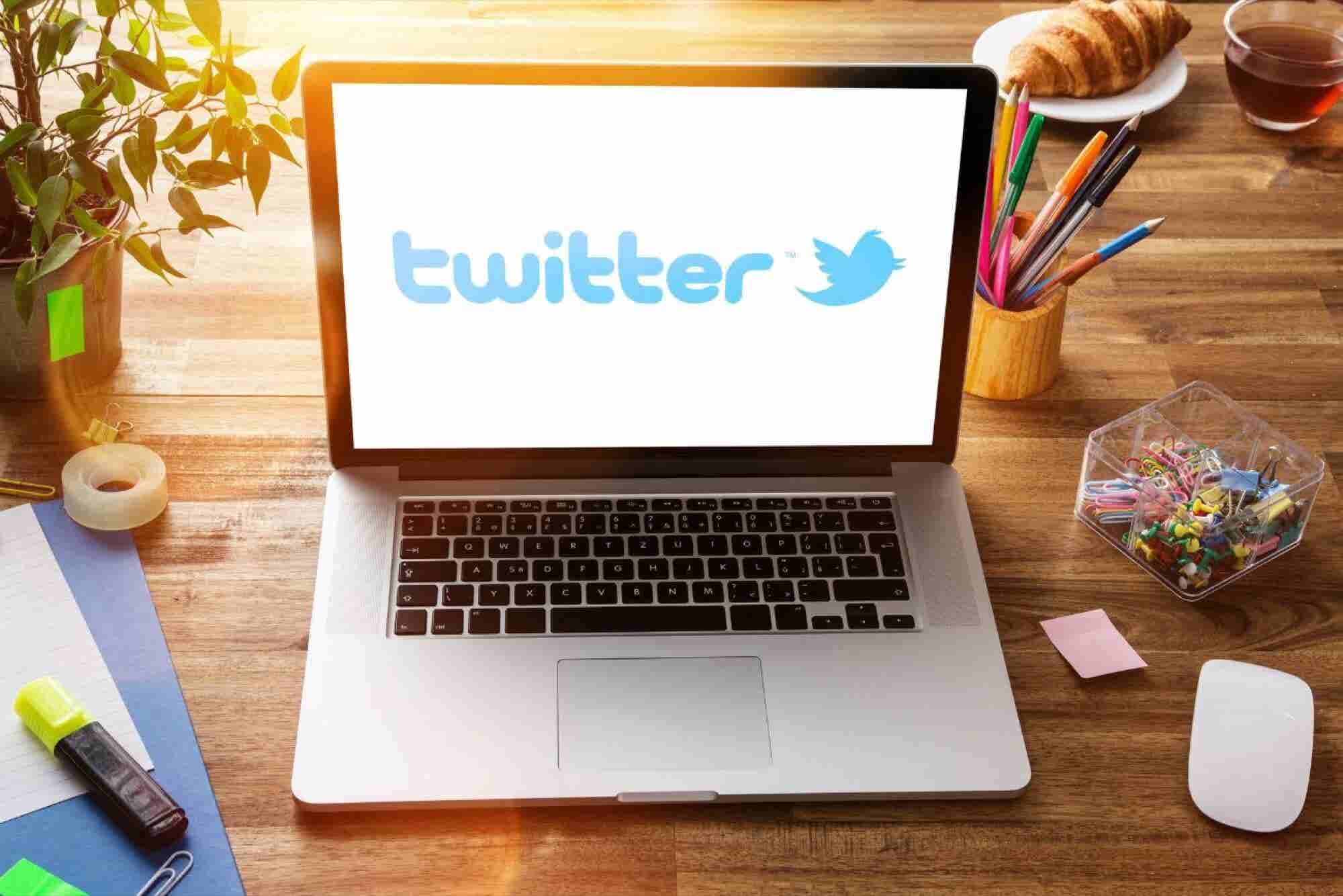 Twitter lanza stickers personalizados para marcas