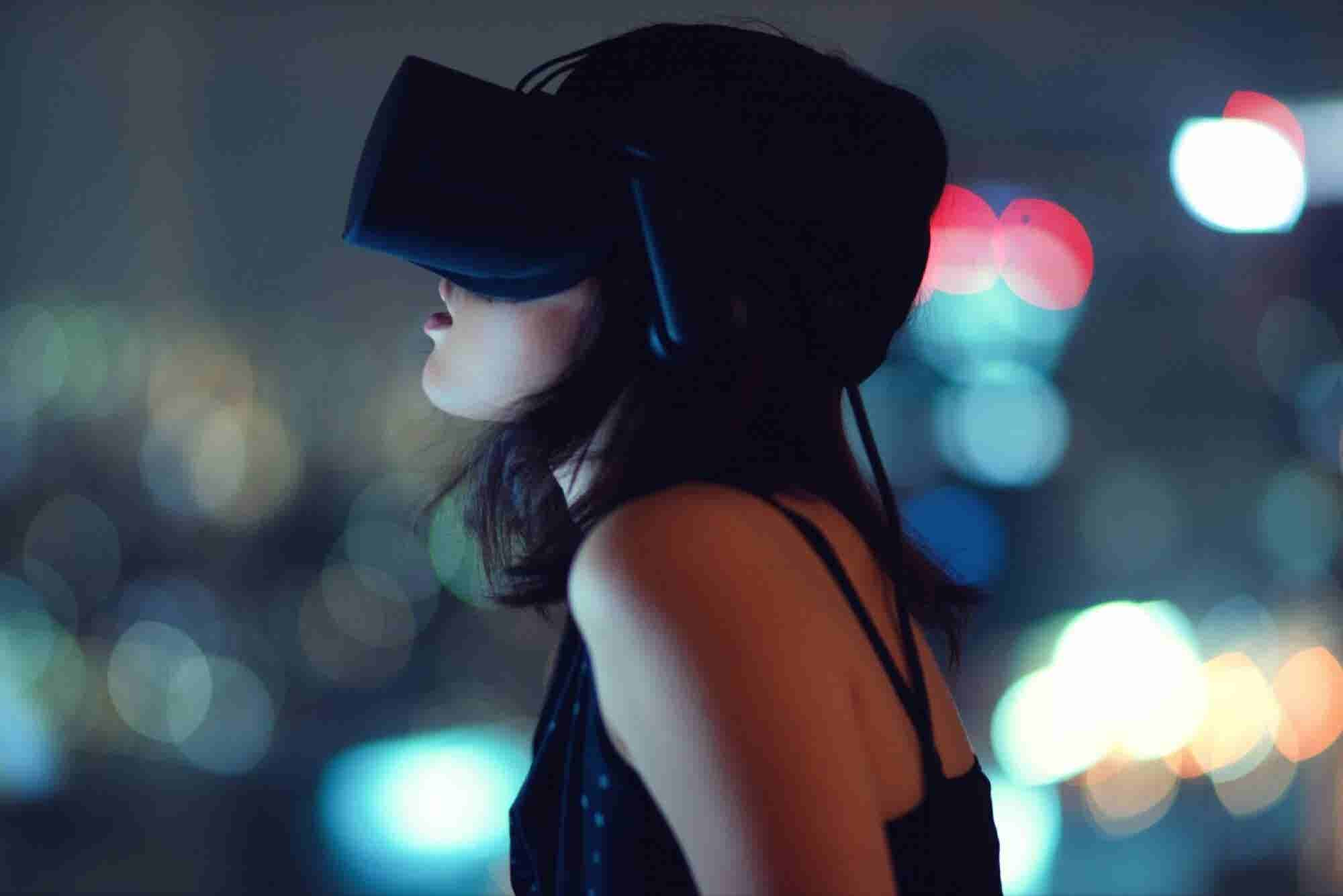 12 Amazing Uses of Virtual Reality