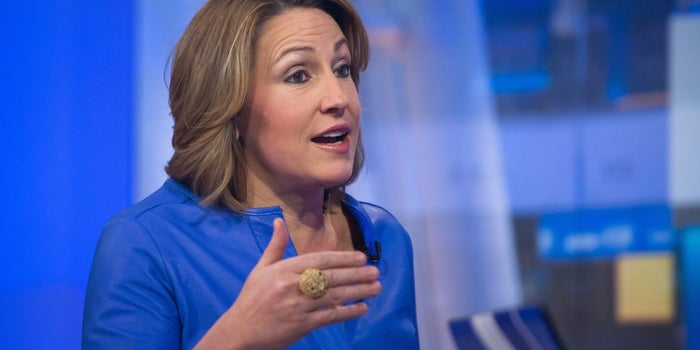 Amid EpiPen Furor, a CEO Shows How Not to Swim Against the Tide