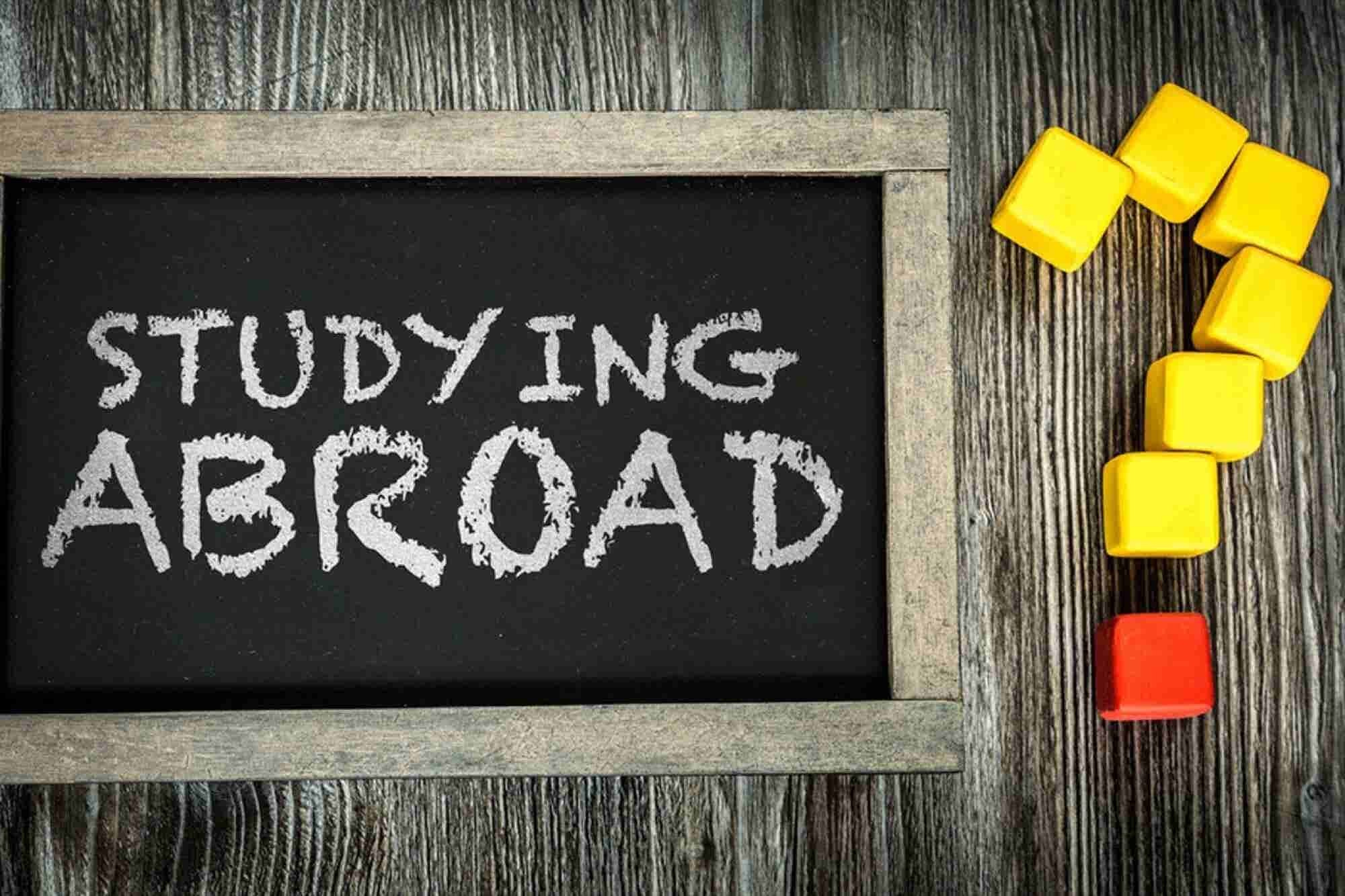 Want To Estimate The Cost of Studying Overseas? This Startup Tells you How