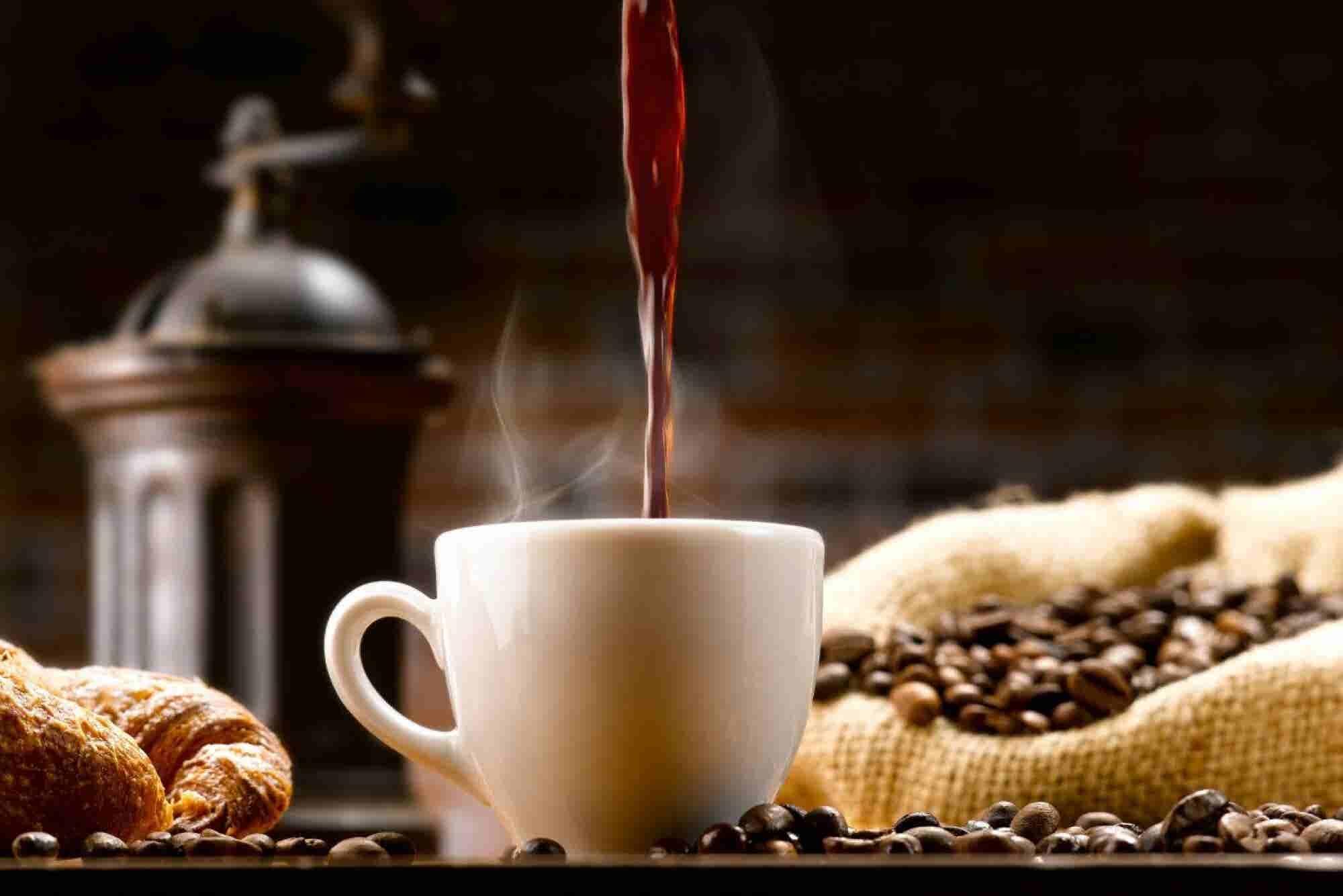El hombre que emprendió un negocio con sabor a café