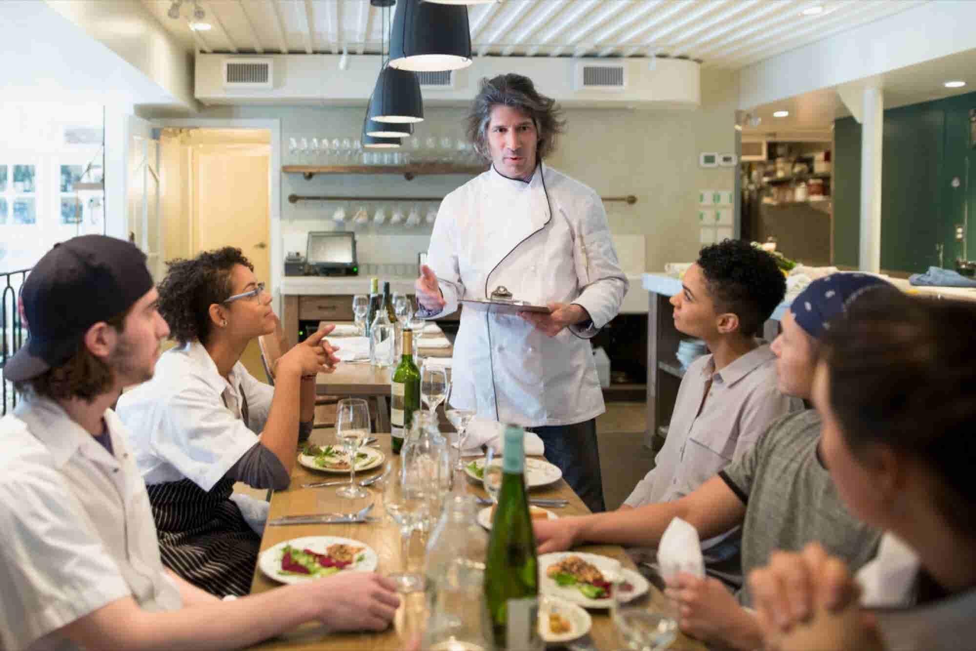 Smart Marketing Tips for New Restaurants