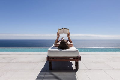 5 Ways to Persuade Employees to Take Vacation Before They Burnout