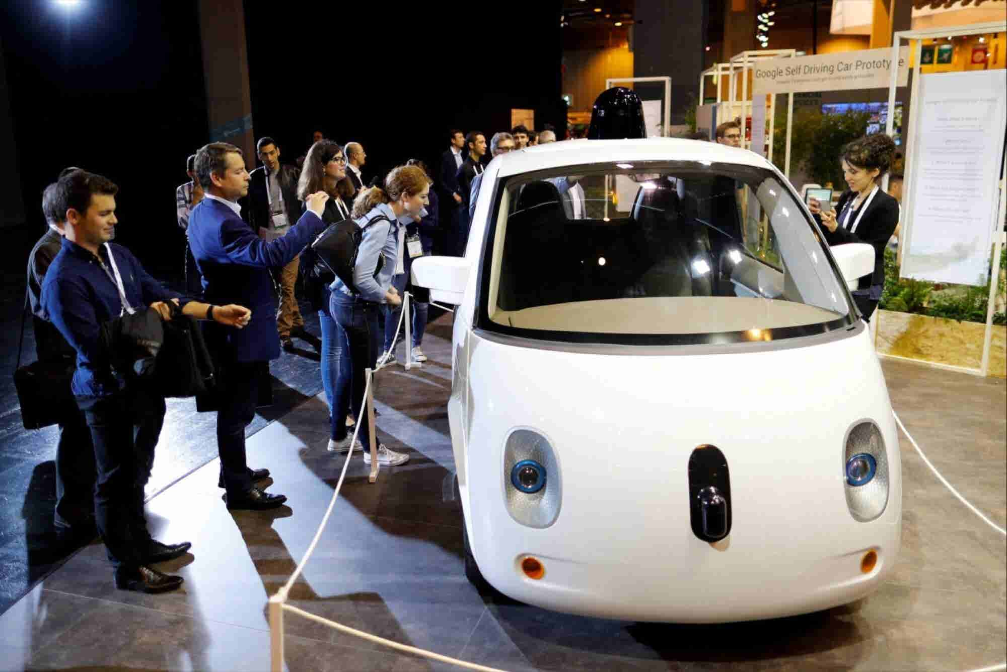 Google Makes Progress on Self-Driving Cars as it Hits the 2 Million Mile Mark