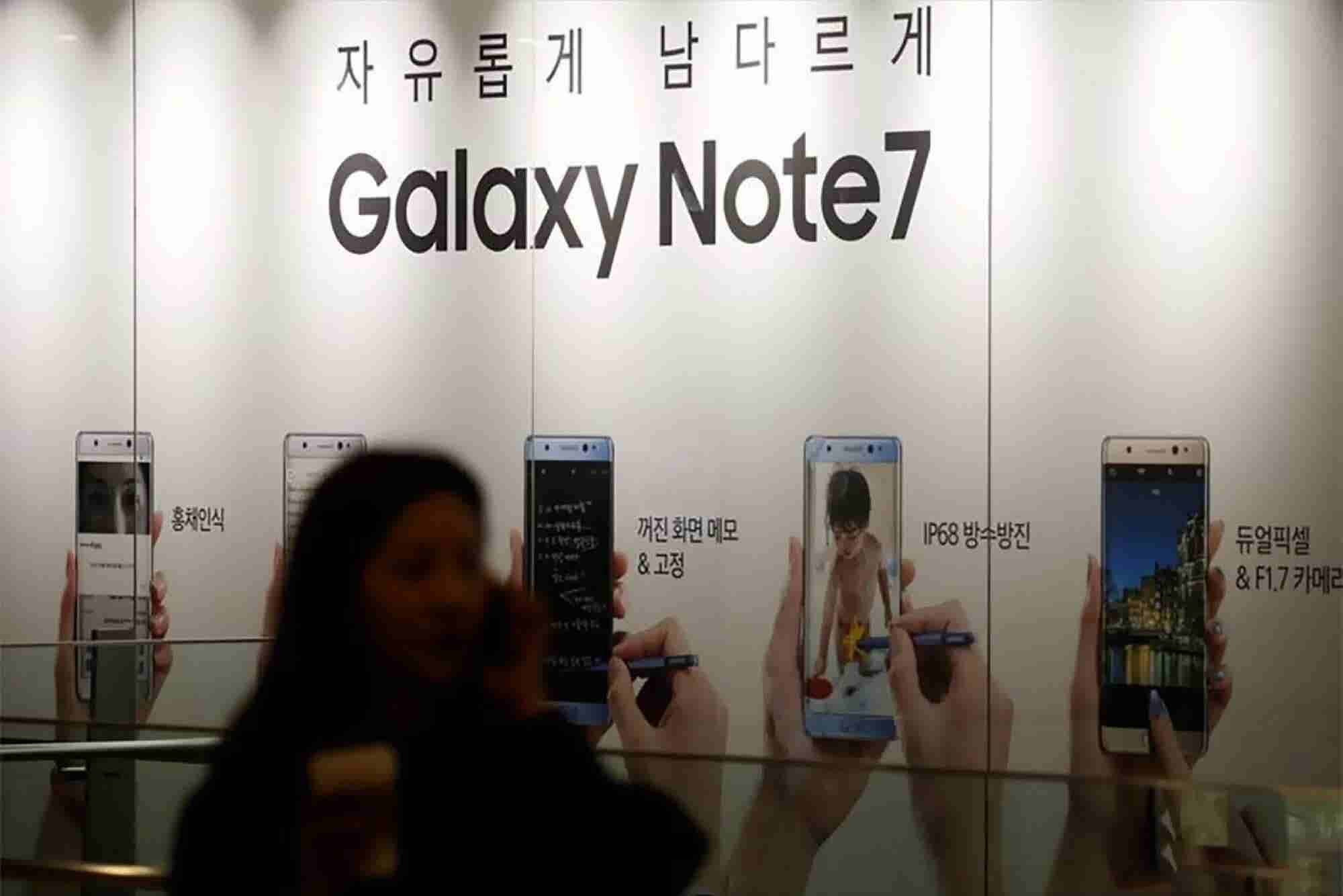 Note 7 Fiasco Could Burn a $17 Billion Hole in Samsung