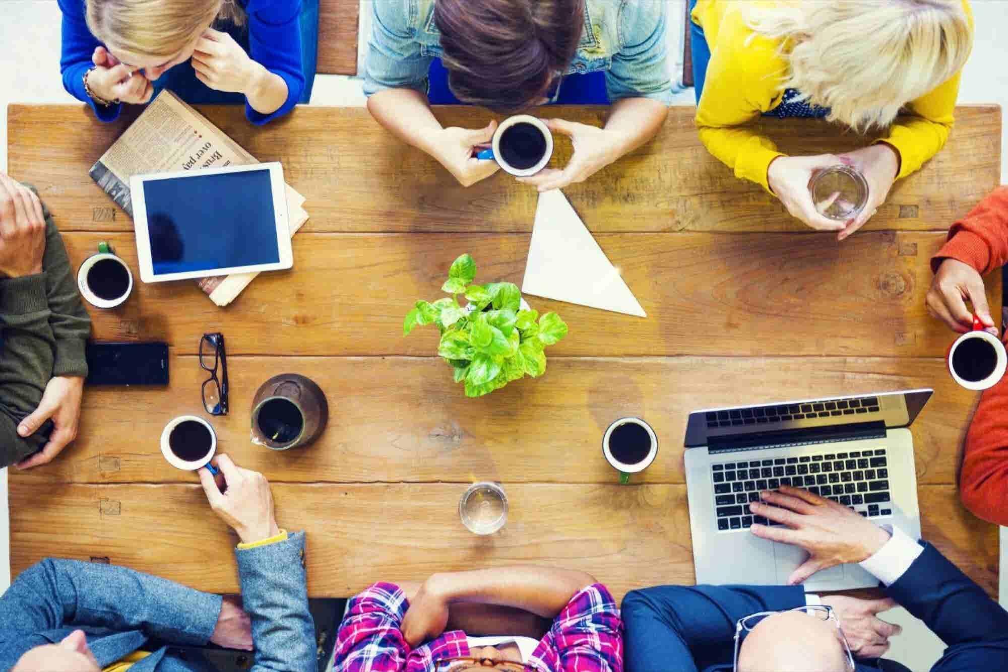 Coworking, el espacio ideal para conocer socios