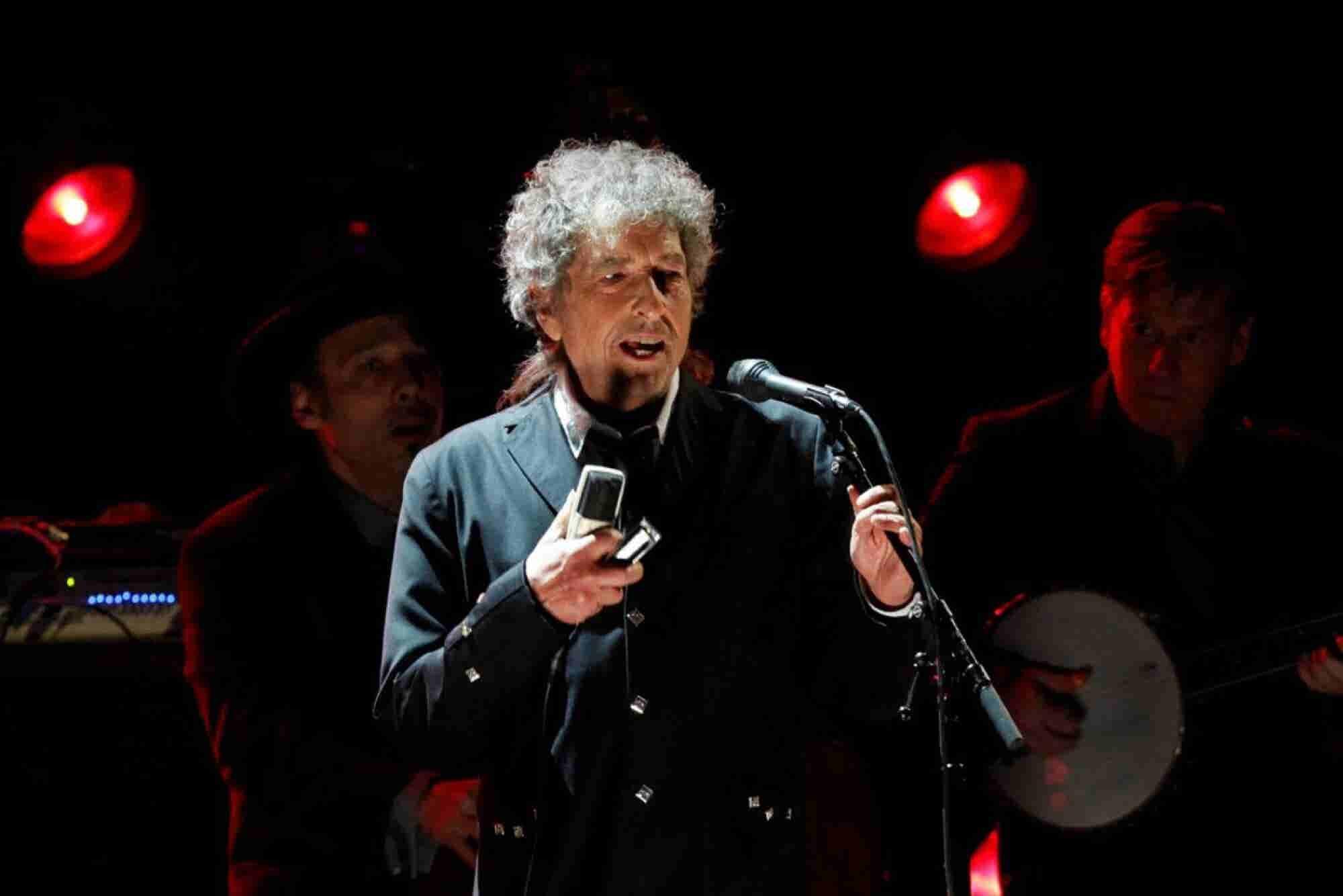 Las 3 razones por las que Bob Dylan ganó el Nobel de Literatura