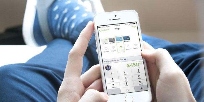 Jóvenes mexicanos crean forma segura de realizar pagos desde el celular