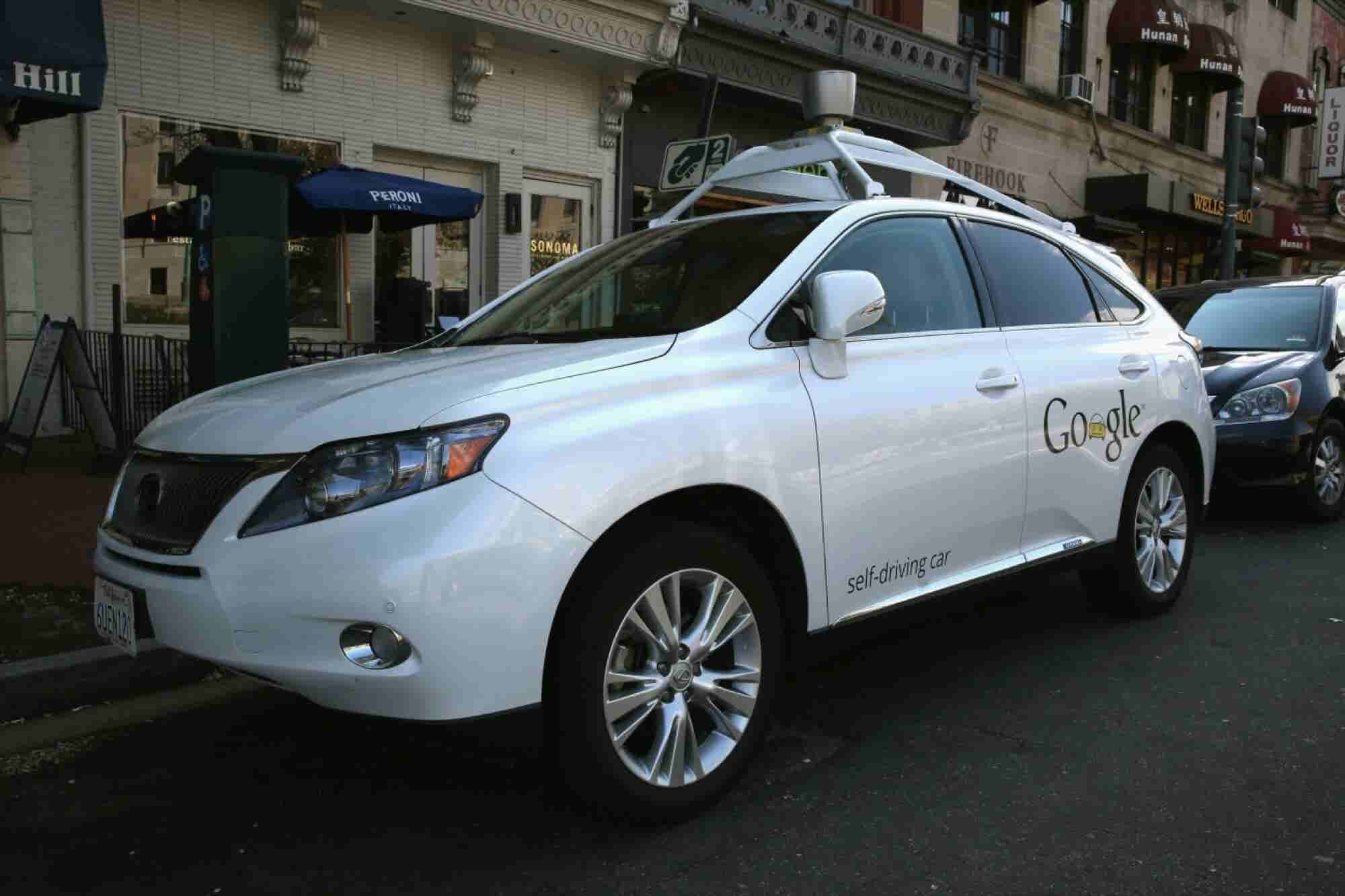 4 Ways Driverless Cars Will Change the Transportation Industry