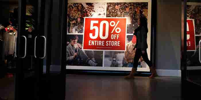 U.S. Mall Investors Set to Lose Billions as Retail Gloom Deepens