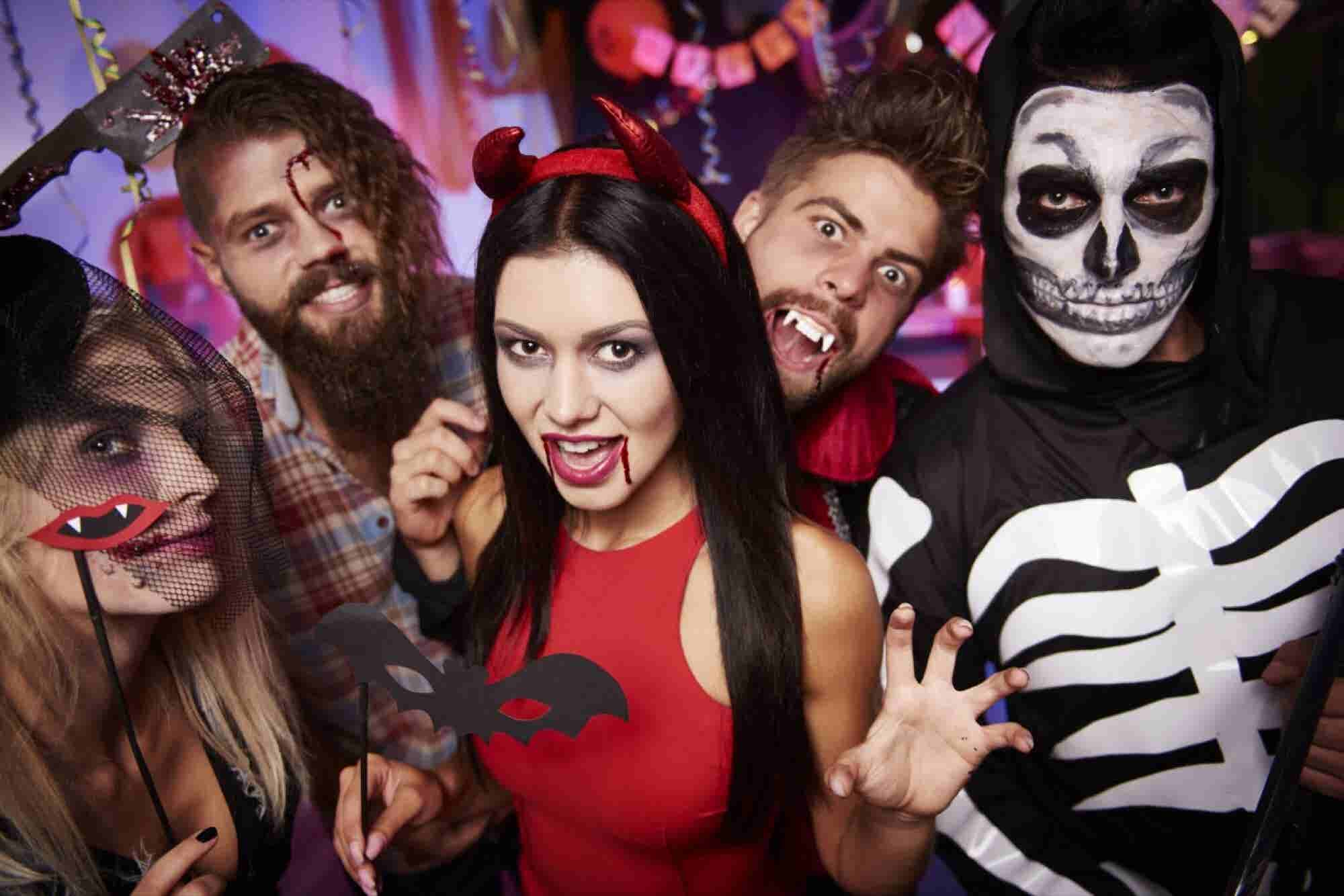 Americans Are Expected to Break Halloween Spending Record This Year