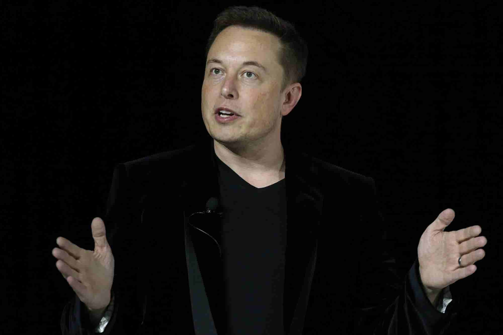 Elon Musk: AI Could Destroy the Internet