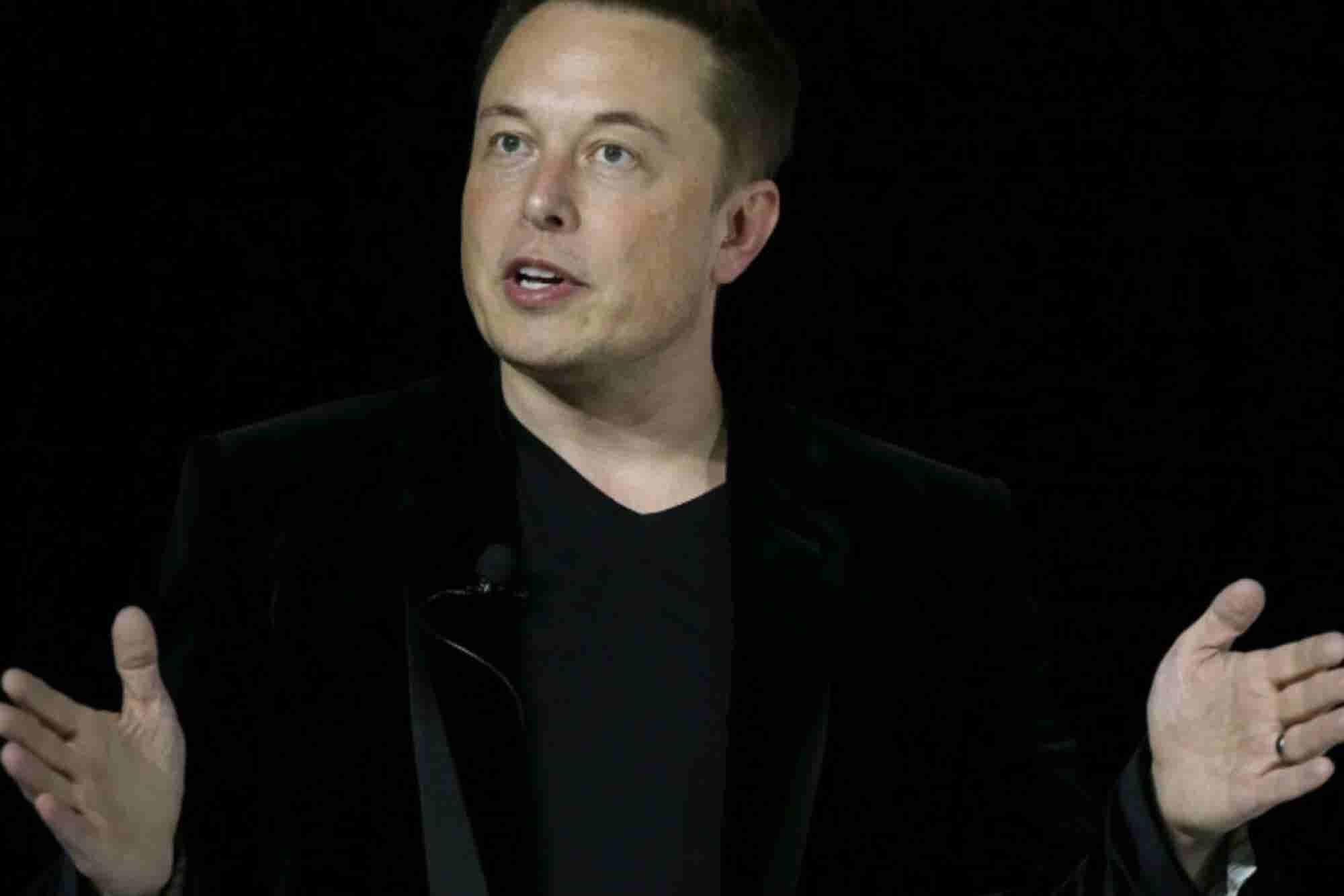 Elon Musk es acusado de fraude en Estados Unidos por sus declaraciones...