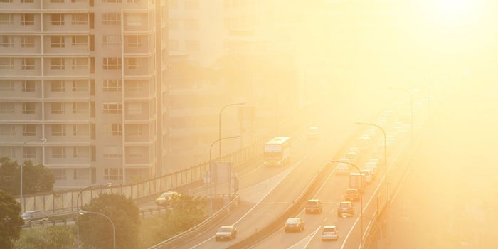 Worried About Beijing-like Smog in Delhi? These 5 Startups & VC Funds Have A Solution