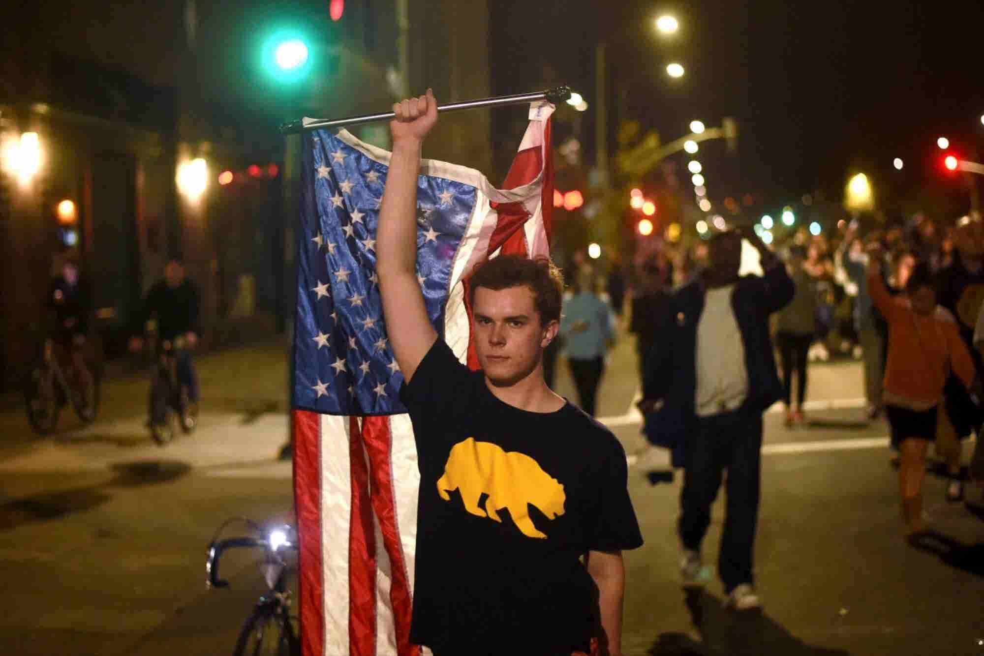 Californians Are Calling for a 'Calexit' from the U.S. -- Here's How a Secession Could Work