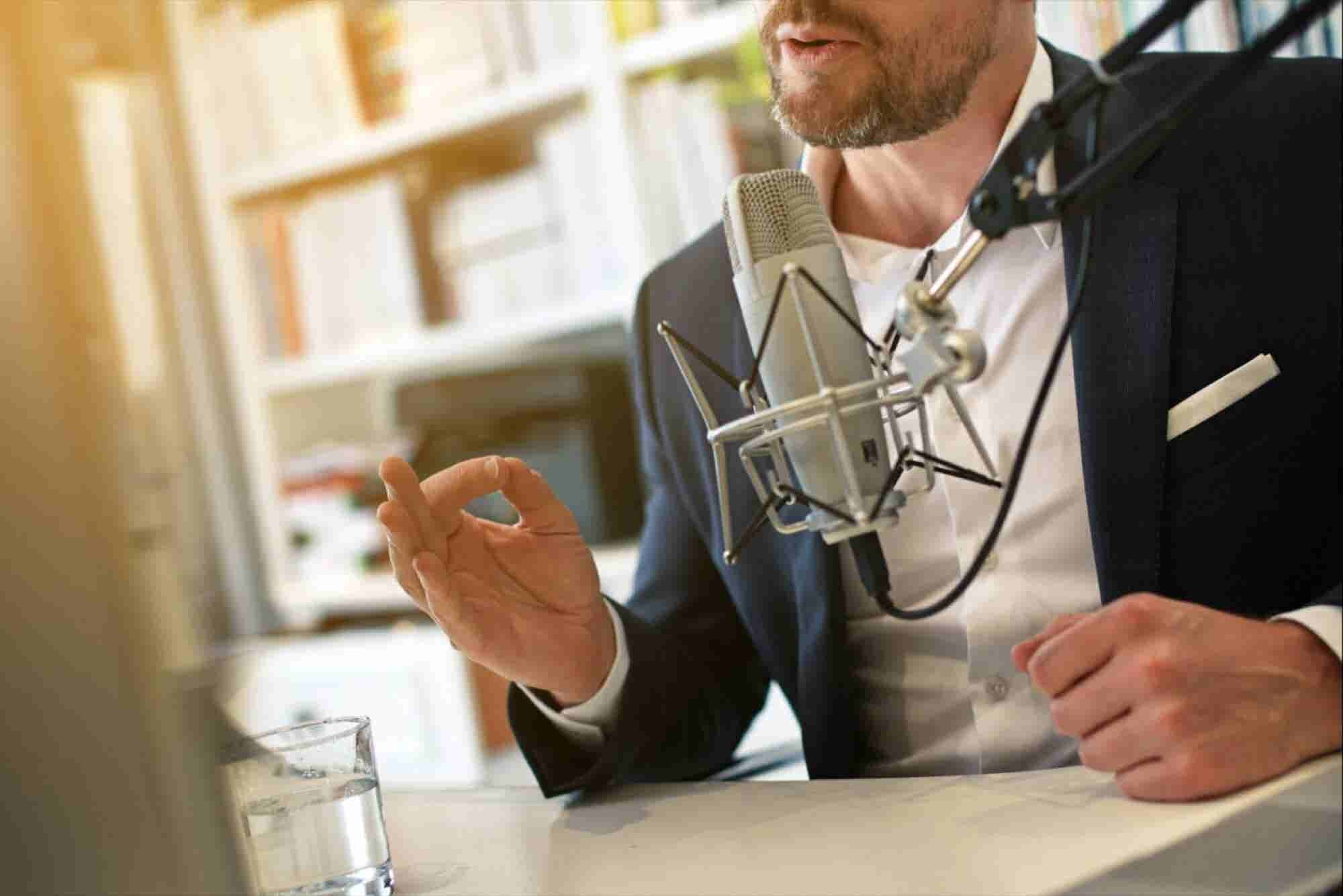 3 Ways to Incorporate Key Stakeholders Into Your Podcasts (and Benefit From It)