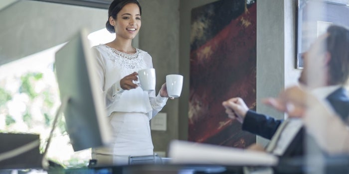 Every Entrepreneur Should Be an Intern First