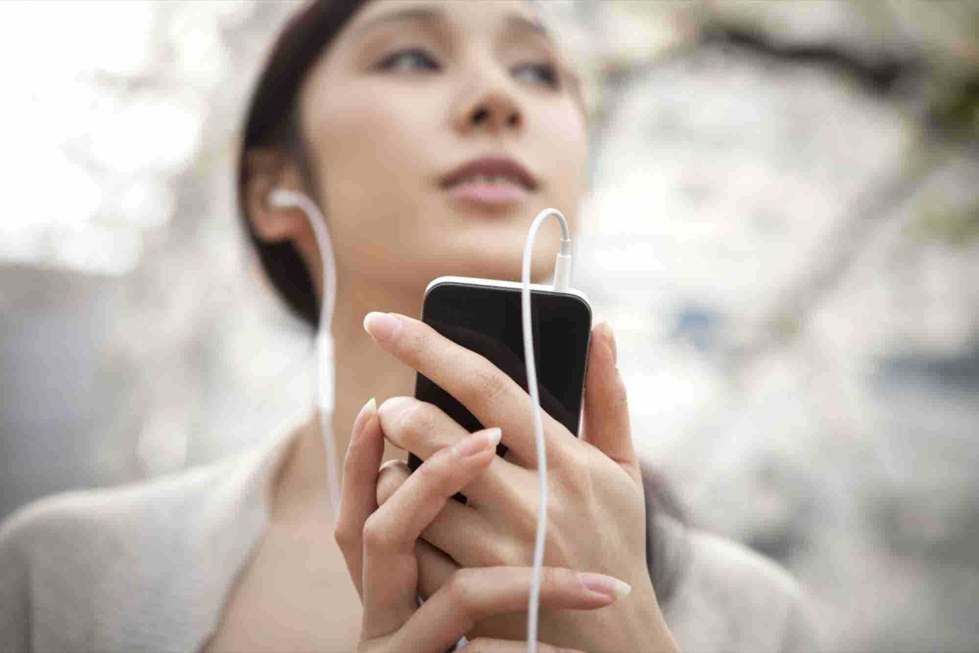 7 Reasons to Add a Podcast to Your Content-Marketing Strategy