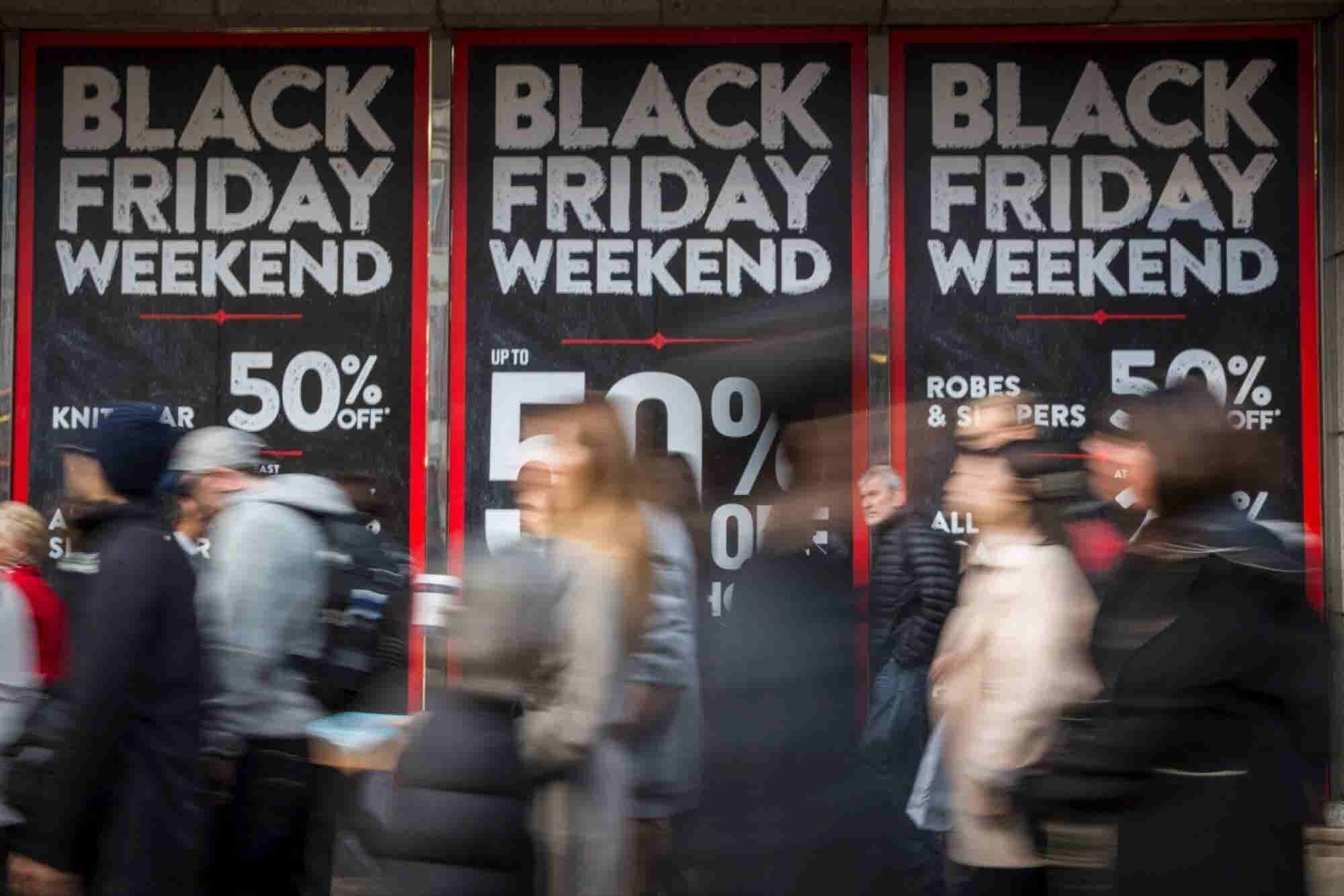 Were Stores or Mobile Sales More Successful on This Year's Black Friday?