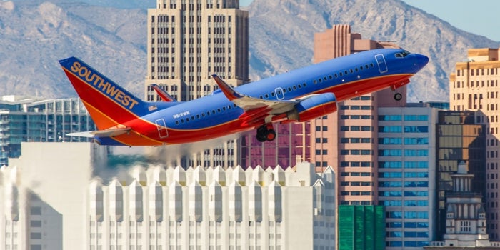 How Southwest Airlines Created a Mass Market for Air Travel #Simplify